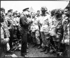 Eisenhower speaking to 101st Airborne WW2