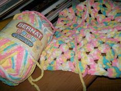 New Crochet Baby Blanket Chunky Yarn Winter Ideas Bernat Baby Yarn, Bernat Baby Blanket, Blanket Yarn, Knitted Baby Blankets, Baby Afghans, Crochet Baby Blanket Beginner, Baby Knitting, Beginner Crochet, Yarn Images