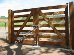 custom wooden driveway gate 138