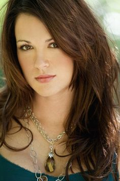 try a new haircut color and cut hair danneel ackles 5459