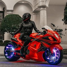 Girl Riding Motorcycle, Suzuki Motorcycle, Moto Bike, Motorcycle Style, Biker Girl, Custom Street Bikes, Custom Sport Bikes, Black Girl Riding, Futuristic Motorcycle