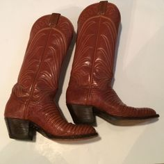 Tony lama boots These tony lama boots have only a little wear. They are lizard skin and the top is in perfect condition. They are absolutely perfect for the rodeo. Tony lama Shoes Combat & Moto Boots