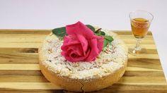 La torta della nonna Hilde alle rose - RSI Radiotelevisione svizzera Vanilla Cake, Cheesecake, Mini, Pudding, Desserts, Food, Tailgate Desserts, Deserts, Cheesecakes