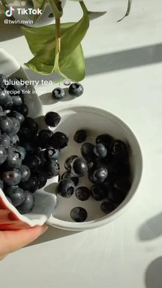 Fun Baking Recipes, Tea Recipes, Cooking Recipes, Fruit Smoothie Recipes, Healthy Smoothies, Tasty Videos, Food Videos, Yummy Drinks, Yummy Food