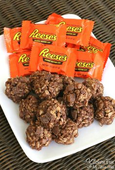 Reese's Cookies - No Bake Peanut Butter & Chocolate Rice Krispies Treats