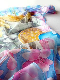 Close up of the #floral #silk #scarf #handpainted by Luiza #malinowska #minkulul
