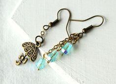 Umbrella raindrops earrings dangle earrings aqua by PetiteFraise, €12.00