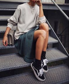New Looks and Trends. 38 Trendy Fashion Trends That Always Look Fantastic – Modest Fall fashion arrivals. New Looks and Trends. Fashion Mode, Look Fashion, Autumn Fashion, Fashion Outfits, Womens Fashion, Fashion Trends, Sneakers Fashion, Fashion Ideas, Dress Fashion