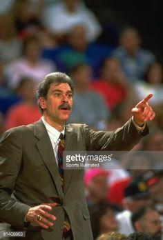 Fotografia de notícias : NBA finals, Closeup of Chicago Bulls coach Phil...
