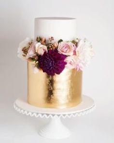 2016 Wedding Trend | Metallic Cakes