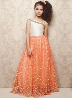 Readymade Peach And Off White Soft Net Kids Gown Frocks For Girls, Gowns For Girls, Baby Girl Dresses, Baby Girls, Indian Dresses, Indian Outfits, Kids Party Wear, Kids Wear, Kids Frocks Design