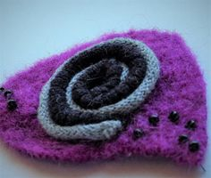 Abstract Vintage Felt Wool Brooch Pin in Pink and by WoolenBlooms