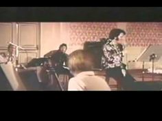 Elvis Presley - It Is No Secret What God Can Do. - YouTube
