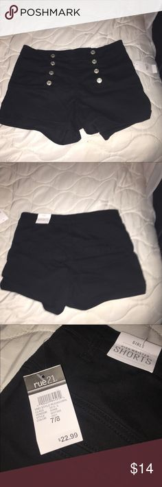 black forever 21 shorts Black high waisted shorts size 7/8 brand new with tags. Bought from rue 21 without trying them without trying them on and they ended being the wrong size Rue 21 Shorts Jean Shorts