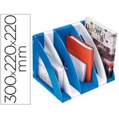 Revistero de 6 módulos en azul y blancoRevistero módular fabricado en poliestireno reciclable Conjunto compuesto por 6 módulos con un elegante diseño en 2 colores De gran capacidad para diferente utilidades como archivador, sujetalibros u organizador en armarios Medidas: 300 x 220 x 220 mm. Color: Azul y blanco