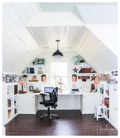 8 Ultimate Cool Ideas: Finished Attic Bathroom old attic remodel.Old Attic Master Suite. Attic Bedroom Designs, Attic Design, Bonus Room Design, Design Bedroom, Attic Playroom, Attic Loft, Office Playroom, Attic Office Space, Bonus Room Office