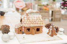 Découvrez ma recette de maison en pain d'épices et boutons de culotte réalisés pour l'épreuve créative du Meilleur Pâtissier de Noël #noel