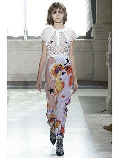 Milan Fashion Week Spring 2016 - Giamba | allure.com