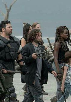 SEASON 10 BEACH MARCH Walking Dead Season 9, The Walking Dead, Tom Payne, Sci Fi Horror, Going Insane, Fantasy Movies, Rick Grimes, Movie Tv, Addiction