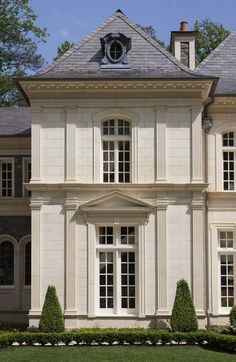 House ideas exterior stone french country Ideas for 2019 Classic Architecture, Residential Architecture, Architecture Details, Architecture Life, Sustainable Architecture, Landscape Architecture, French Mansion, French Houses, Limestone House