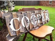 Super Ideas For Reclaimed Wood Projects Diy Barn Boards Pallets Pallet Crafts, Pallet Art, Wood Crafts, Diy And Crafts, Pallet Ideas, Barnwood Ideas, Pallet Signs, Diy Projects To Try, Wood Projects