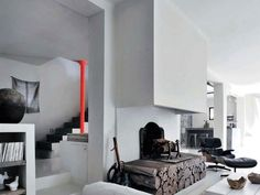 decordemon: GREY and MODERN in PROVENCE