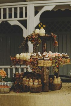 Natural-Tree-Trunk-Cupcake-Stand for all your delish treats