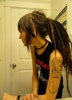 people with rad hair I love the dreads but I'm really super pumped about the Miss Van graffiti tattoo on her arm Punky Hair, My Hair, Face Hair, Dreads Styles, Curly Hair Styles, Dreadlock Hairstyles, Cool Hairstyles, Wedding Hairstyles, Dreadlocks Pictures