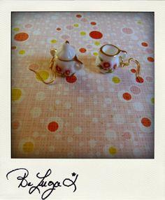 Un Sucre et un Nuage de Lait (cassonade)- A Lump of Sugar A Drop of Milk (cassonade) boucles d'oeille/ earrings    http://www.facebook.com/photo.php?fbid=262828144036&set=a.262787944036.140479.129100514036&type=3&theater