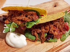 I researched pulled meat for ages before I came up with this Mexican pulled pork recipe, It contains the just right amount of heat and traditional flavours. Pork Recipes, Recipies, Mexican Pulled Pork, Paleo, Meat, Ethnic Recipes, Food, Hacks, Recipes