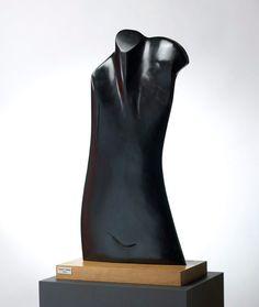 Dea 2007 - marmer, 76 cm - (c) Het Depot