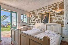#interiordesign #bedroom #home Alcove, Villa, Rustic, Interior Design, Bedroom, Furniture, Home Decor, Country Primitive, Nest Design
