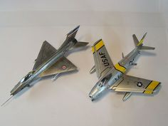 Beli Bog uploaded this image to 'Makete/Mig-21 F-13 1-72 Revell'.  See the album on Photobucket.
