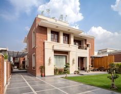 RESIDENCE IN PANCHKULA by DCA Architects