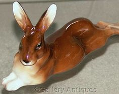 Rare vintage Royal Doulton Large Recumbent (lying) Brown Hare HN2593 c.1950's (ref: 2136)