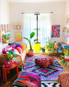 Bohemian latest and stylish home decor design and ideas - Bohemian latest . - Bohemian latest and stylish home decor design and ideas – Bohemian latest and stylish home decor - Colourful Living Room, Boho Living Room, Living Room Decor, Indian Living Rooms, Cozy Living, Bohemian Decoration, Decoration Bedroom, Wall Decor, Wall Art
