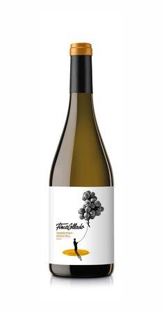 Chardonnay + Moscatell para Finca Collado Wine Bottle Design, Beer Label Design, Wine Bottle Labels, Wine Bottle Crafts, Wine Photography, Product Photography, Olive Oil Bottles, Wine Brands, Bottle Packaging
