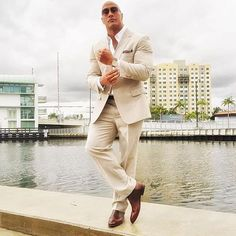 """Dwayne """"The Rock"""" Johnson looking sharp The Rock Dwayne Johnson, Rock Johnson, Dwayne The Rock, Dwane Johnson, Hot Dads, Suit Up, Star Wars, Street Outfit, Sexy Men"""