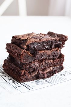 Sweets Recipes, No Bake Desserts, Baking Recipes, Cake Recipes, Walnut Brownie Recipe, Brownie Recipes, Fudgy Brownies, Recipes From Heaven, Something Sweet