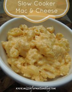 Creamy Slow cooker Mac and Cheese. Cook pasta till al dente before putting in crock pot with cheese. 2 hours, but don't leave on warm or it will dry out --YUM! Creamy Crockpot Mac And Cheese Recipe, Slow Cooker Mac Cheese, Slow Cooker Recipes, Crockpot Recipes, Cooking Recipes, Cooking Food, Pork Recipes, Cooking Ideas, Healthy Recipes