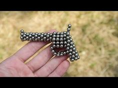 Revolver made of magnetic balls. Beaded Crafts, Beaded Jewelry Patterns, Birthday List, Picture Frames, Elsa, Cufflinks, Hair Accessories, Beads, Bracelets