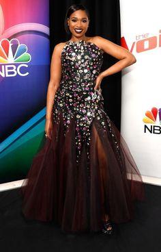 ba3e1527d1c6 JENNIFER HUDSON Apple Shaped Celebrities, Celebrity Red Carpet, Celebrity  Dresses, Celebrity Style,