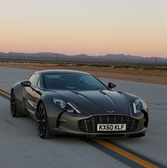 Aston Martin One 77 #CarFlash