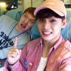 BTOB changsub hyunsik changsub no comments 😂❤ Btob Changsub, Yook Sungjae, Lee Minhyuk, Btob Members, Im Hyun Sik, I Go Crazy, Cube Entertainment, Korean Celebrities, Vixx