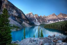 Lago Moraine, Parque Nacional Banff, Alberta, Canadá, Andrey Popov.