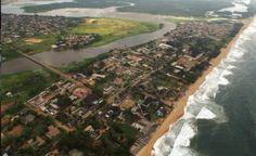 Vue aérienne de la ville de Grand Bassam en Côte D'Ivoire en Afrique de L'Ouest