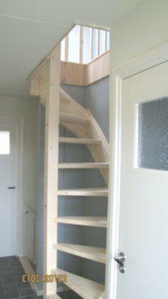 Loft stairs in floor-opening loft ladder Beijes Stairs & Construction # interior design ideas Attic Loft, Loft Room, Attic Rooms, Attic Spaces, Bedroom Loft, Attic Ladder, Loft Ladders, Space Saving Staircase, Loft Staircase
