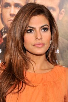 Eva Mendes' cut and colour compliment each other perfectly