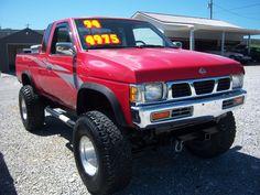1994 Nissan 4X4 SE V6 Needs paint but stil looks good.I love these little Hard-body trucks.
