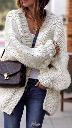 White wool chunky Cardigan - Long Merino Yarn Cardigan - Oversize Jaket - Merino Wool Jaket - Unspun Wool - Bulky Cardigan - Handspun M in 2020 Fashion Mode, Look Fashion, Winter Fashion, Fashion Trends, Spring Fashion, Latest Fashion, Fashion Ideas, Black Girl Fashion, Fall Fashion Outfits